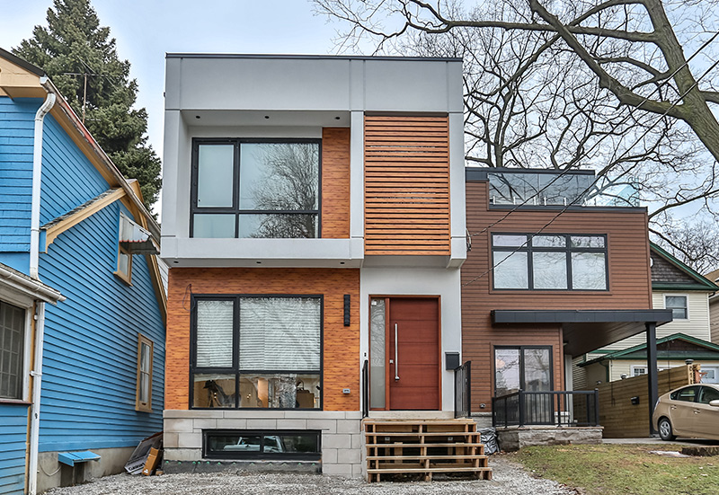 custom-home-modern-exterior.jpg
