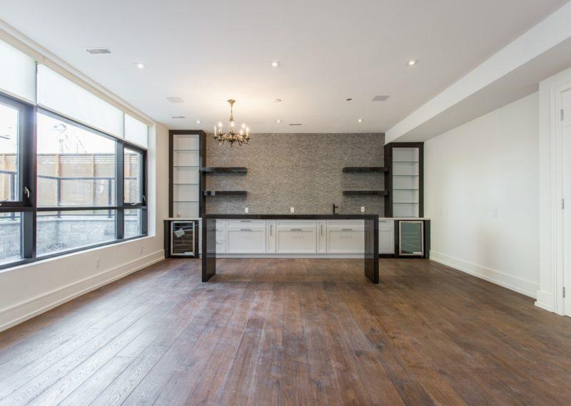 custom-home-open-room-interior