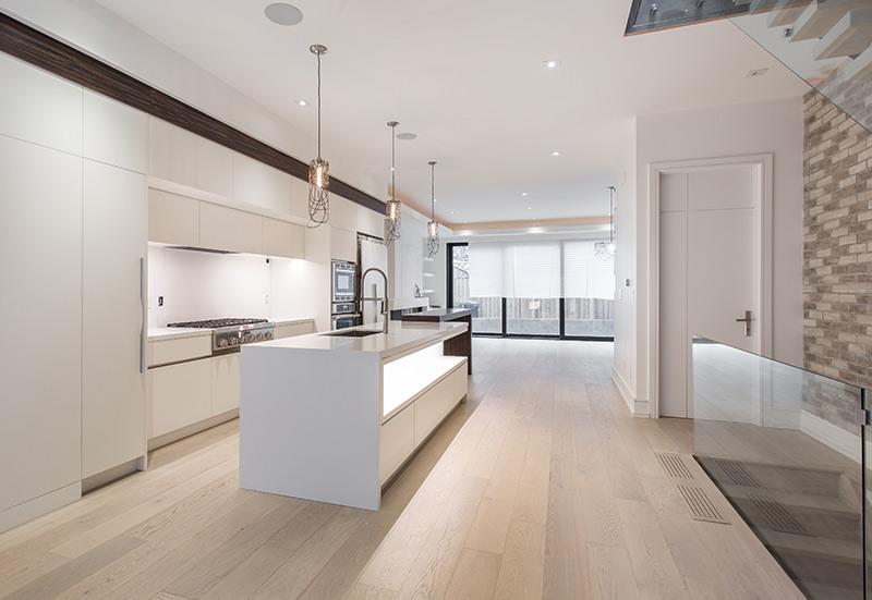 elegant-modern-kitchen-interior