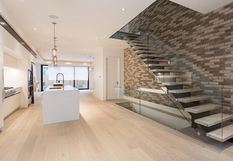 modern-interior-custom-home-in-toronto