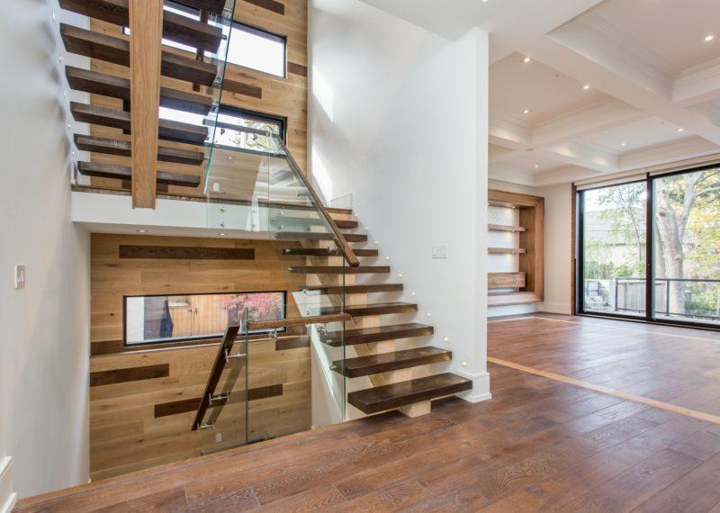 modern-wooden-steps-2nd-floor